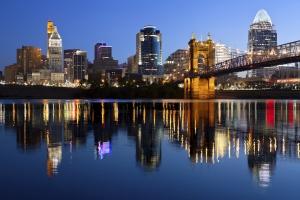 Cincinnati_Skyline_Dusk_2