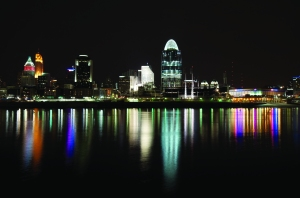 Cincinatti skyline at night