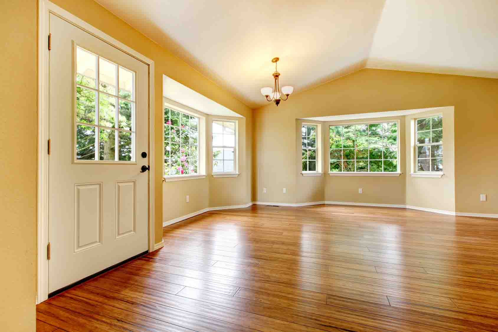 Big empty living room - Large Empty Newly Remodeled Living Room With Wood Floor