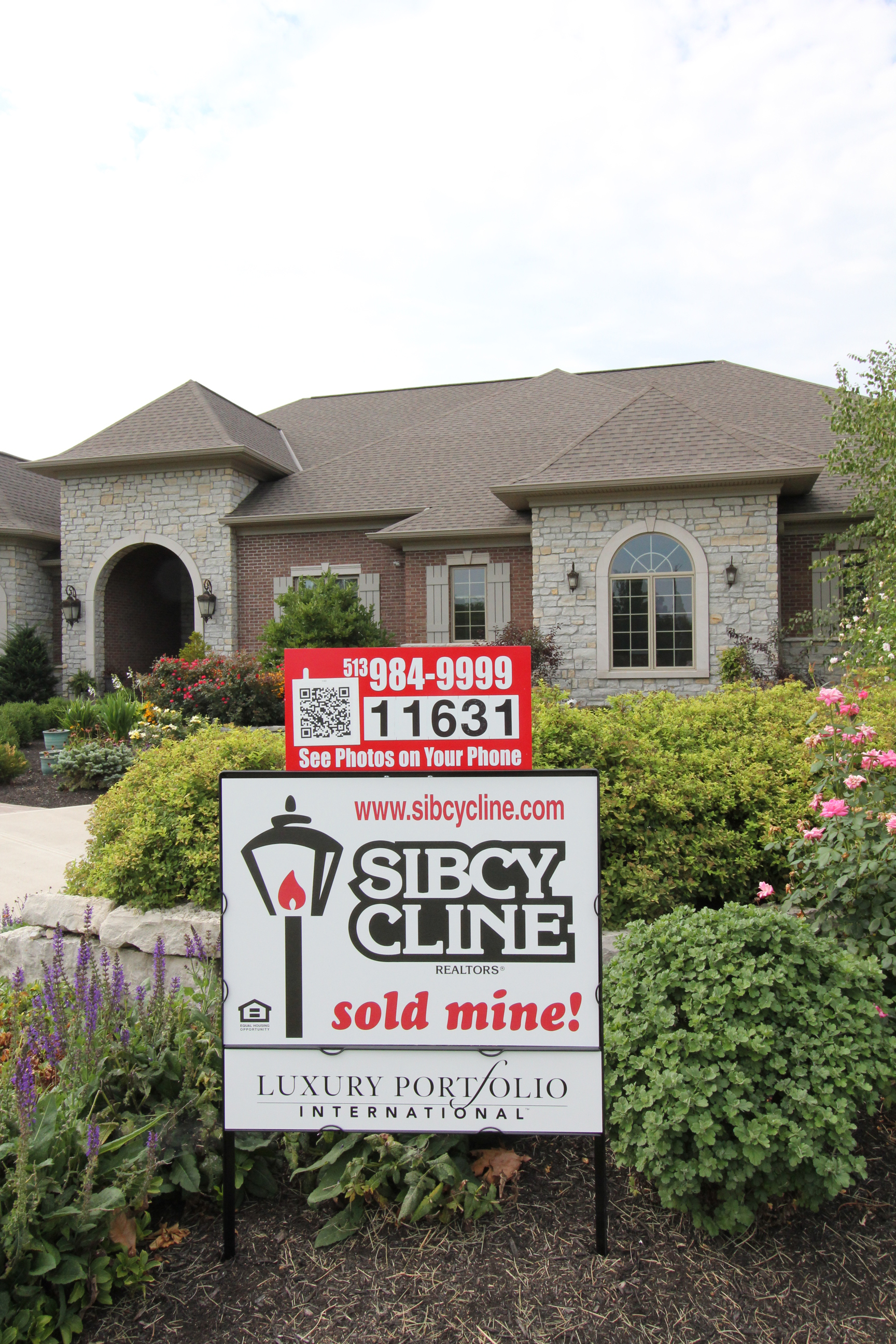 Features that sell homes sibcy cline blog for Cline homes