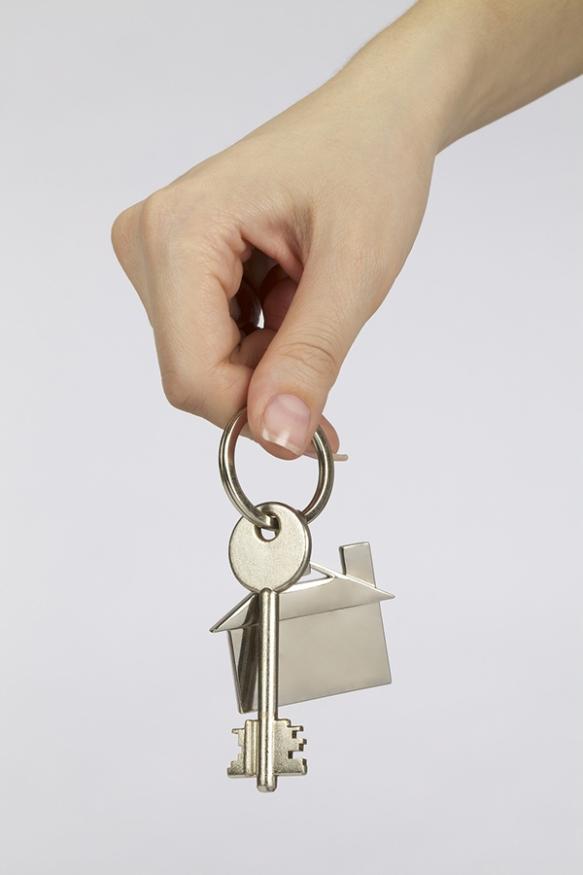 House_Keys_Hand