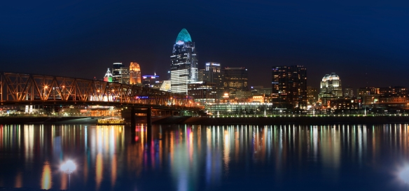Cincinnati_Skyline_Panoramic.jpg
