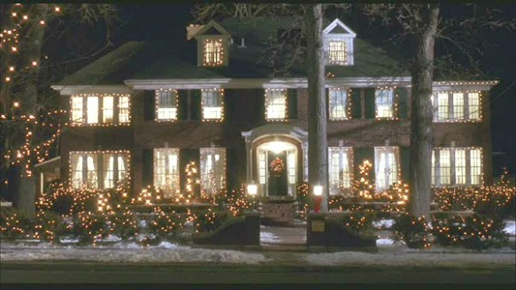 Home-Alone-movie-house-Christmas-lights