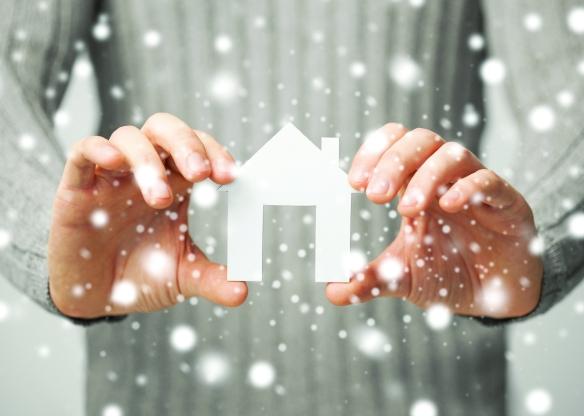 House_Snow_Hands.jpg