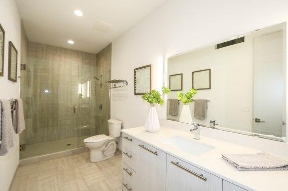 813 Broadway Master Bath