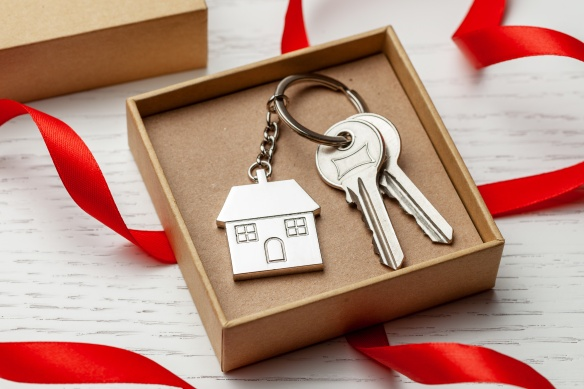 Selling home during the holidays